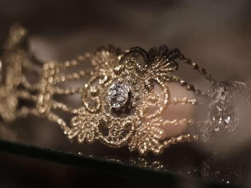 gold lace, swarovski
