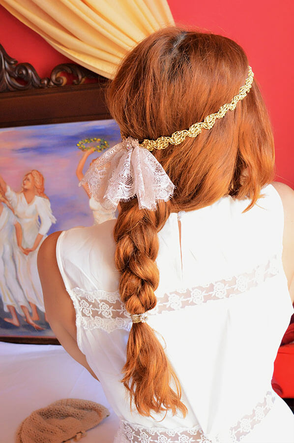 bridesmaid hair accessory lace