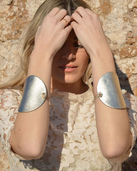 gold leather bracelet woman