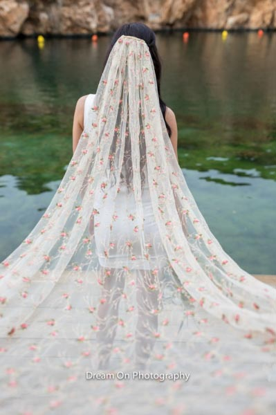 veil, bride, girl, woman, lake, nature, flower, lace, tulle, roses, headpiece