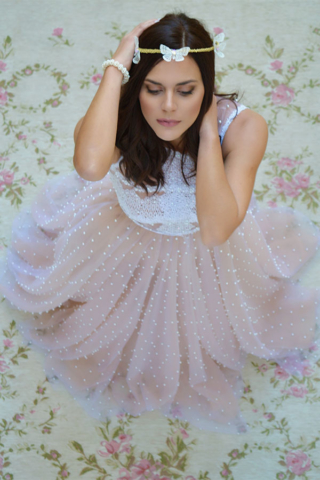 ροζ λευκή πεταλούδα στεφανάκι μαλλιά swarovski παράνυμφος νύφη γυναίκα