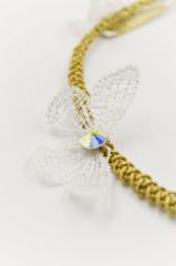 λευκή πεταλούδα χρυσό νήμα swarovski