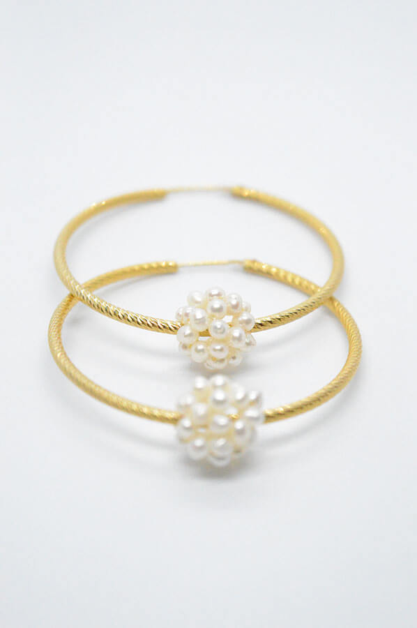 Pearls hoop Earrings gold