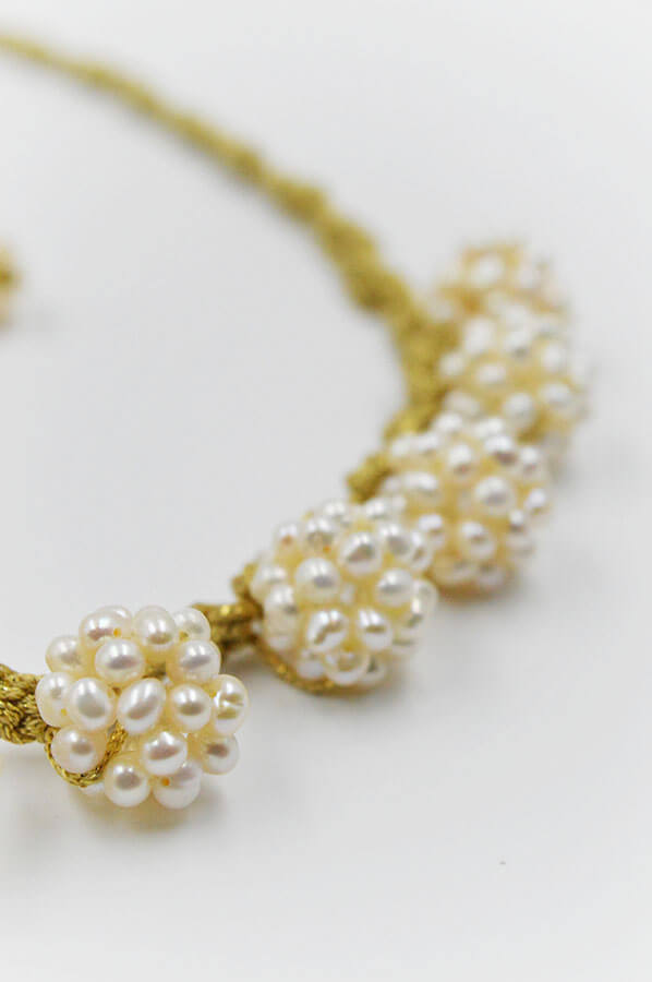 pearls gold white