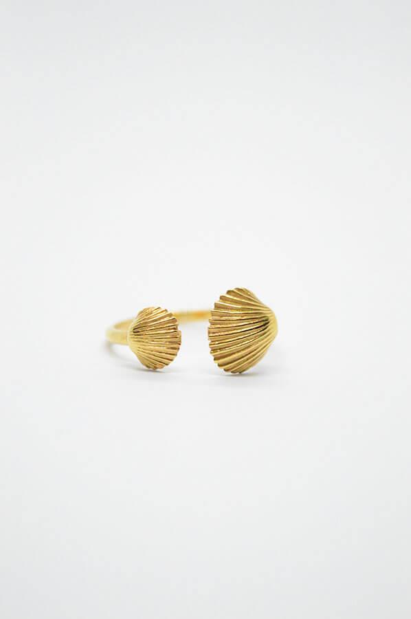 χρυσό δαχτυλίδι κοχύλι