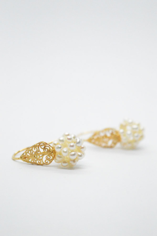 μαργαριτάρια χρυσό δαντέλα