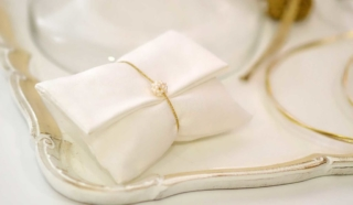 pearls wedding favor white pouch