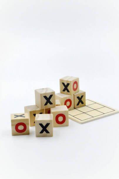 ξύλινοι κύβοι τρίλιζα γράμματα