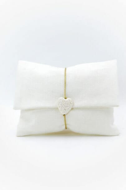 λευκος φακελος μπομπονιερα λευκη καρδια λαβα